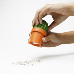 Мельница для соли или перца Tasty Cactus Qualy Оранжевая / Зеленая